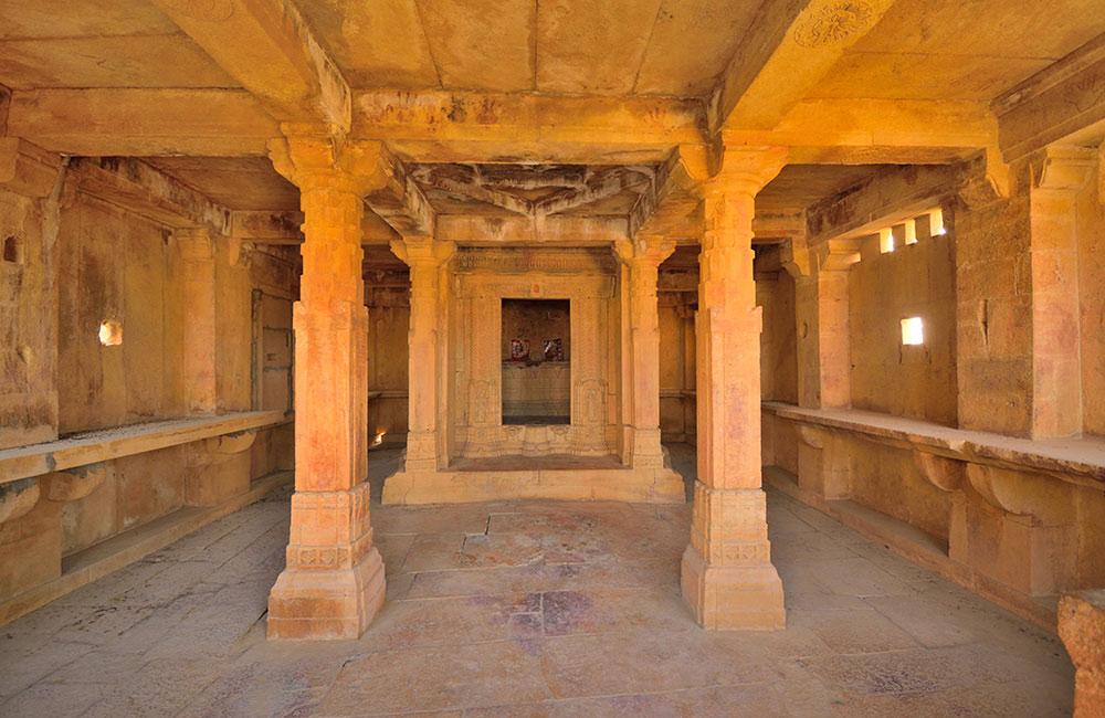 Kuldhara, Rajasthan – A Village Abandoned Overnight
