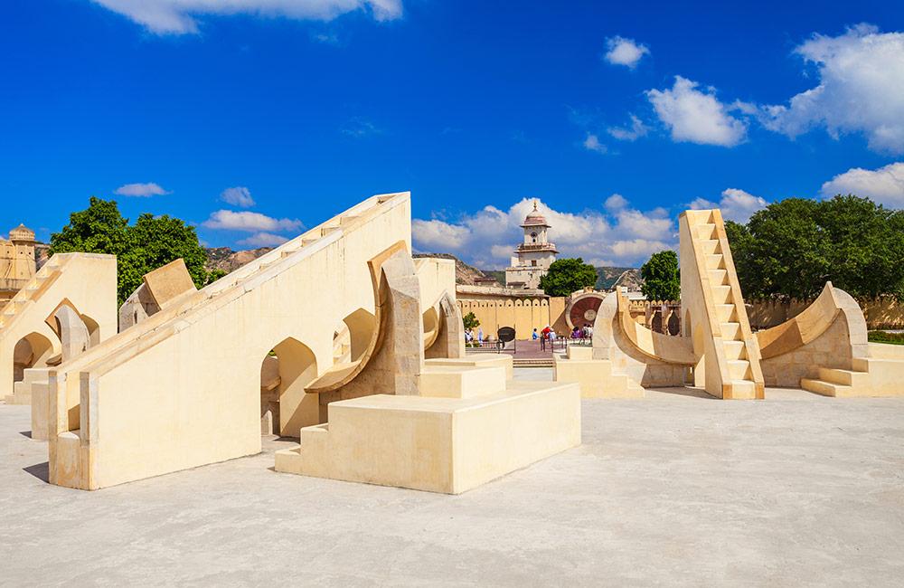 Jantar Mantar | Historical places in Jaipur