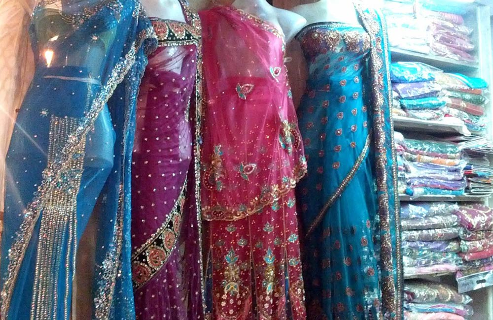 Gandhi Market | Wholesale Cloth Market in Mumbai