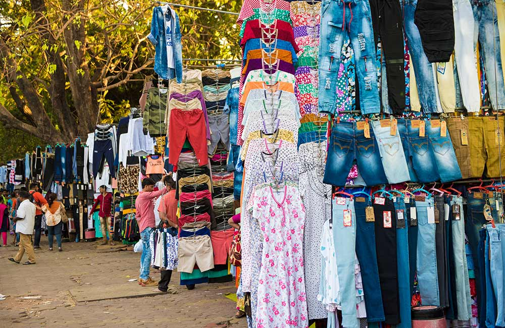 Fashion Street | Wholesale Cloth Market in Mumbai