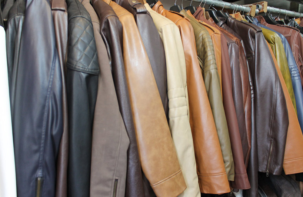 Dharavi Leather Market | Wholesale Cloth Market in Mumbai