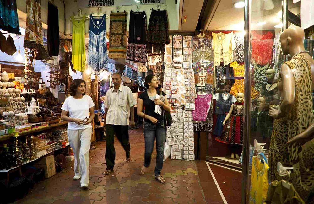Colaba Causeway | Wholesale Cloth Market in Mumbai