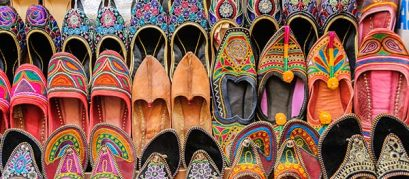 Shop like a Nawab at These Amazing Places for Street Shopping in Lucknow