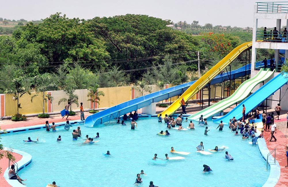Blue World Theme Park, Kanpur