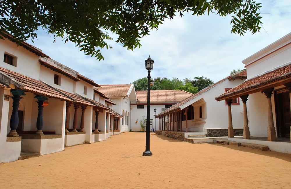 Dakshinachitra