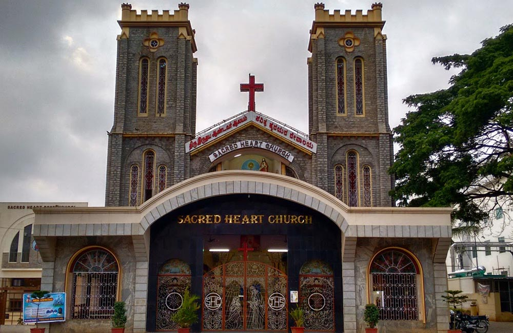 Sacred Hearts Church | Churches in Bangalore