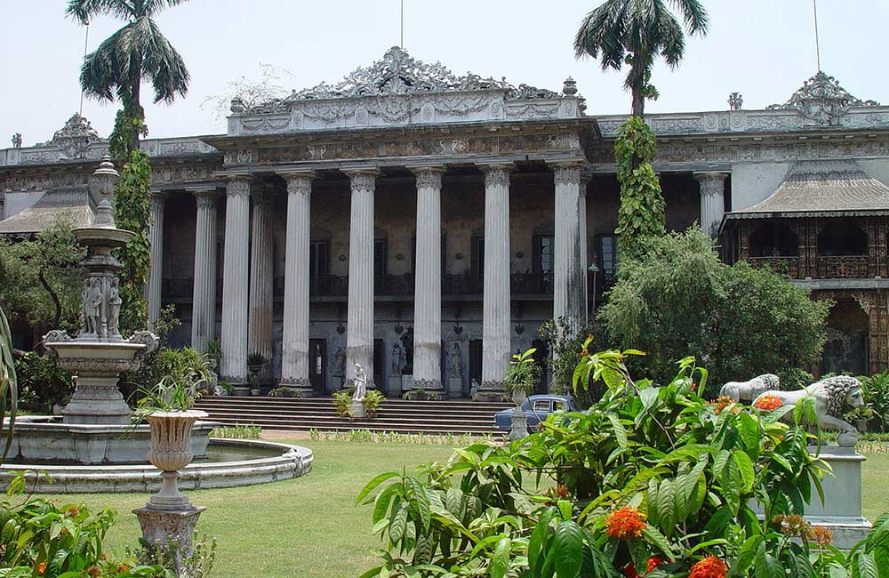 Marble Palace Museum | Romantic Places To Visit in Kolkata for Couples