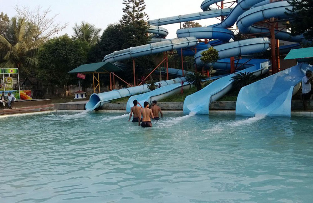 Aquatica Water Park | Fun Places for Couples in Kolkata