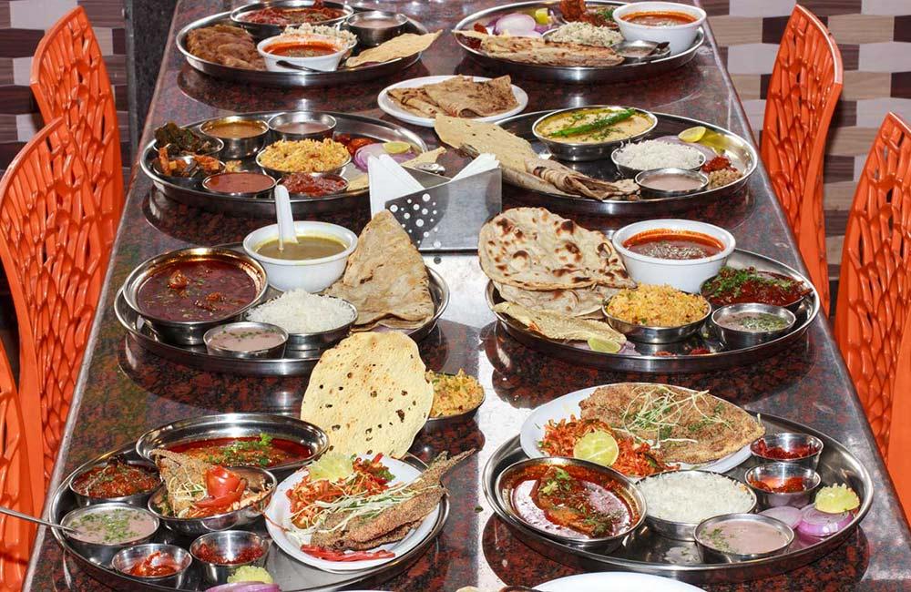 Royal Garden Restaurant | Among The Best Non-Veg Restaurants in Mahabaleshwar