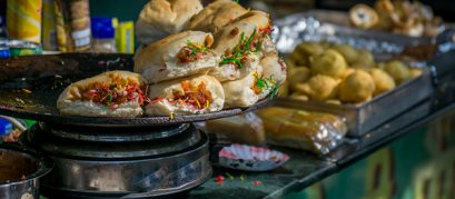 The Ultimate Guide on the Street Food in Pune