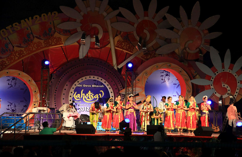 Witness the city come alive at the Lucknow Mahotsav