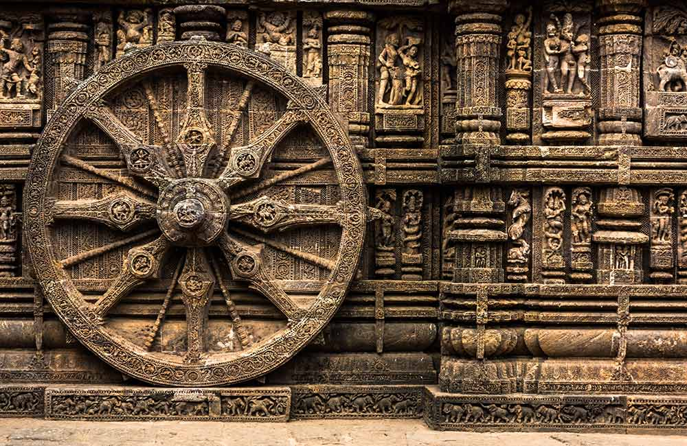 Chariot Wheel Sculpting at Konark Sun Temple | Long Weekend 2019