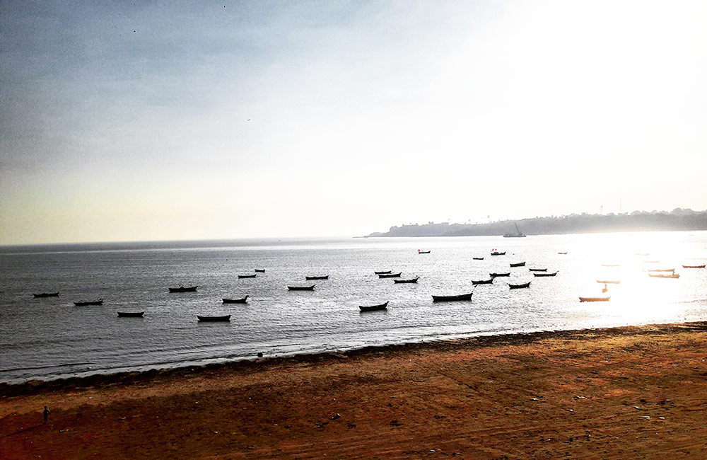 Beach tour | #4 of 11 Things to Do in Mumbai this Weekend