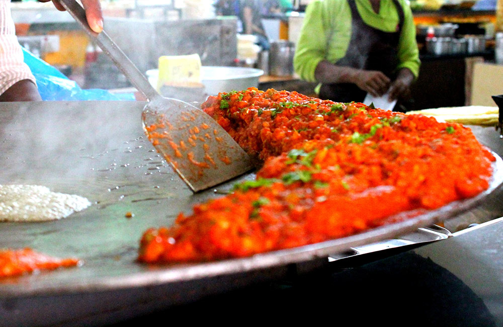 Streets food tour | #3 of 11 Things to Do in Mumbai this Weekend