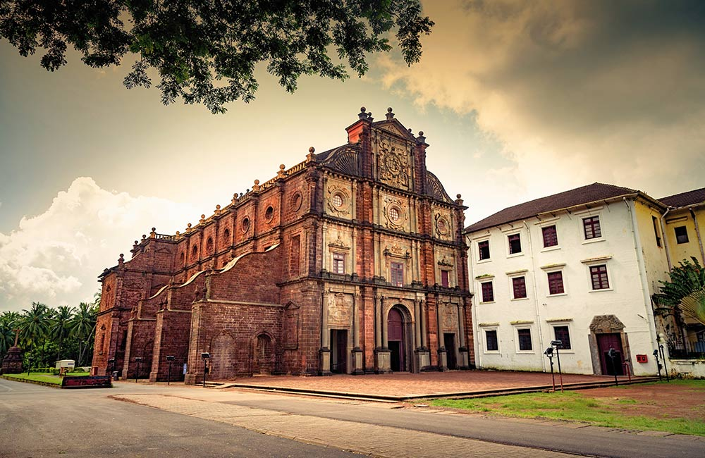 Basilica of Bom Jesus | Among The Best Places to Visit in Goa in 3 Days