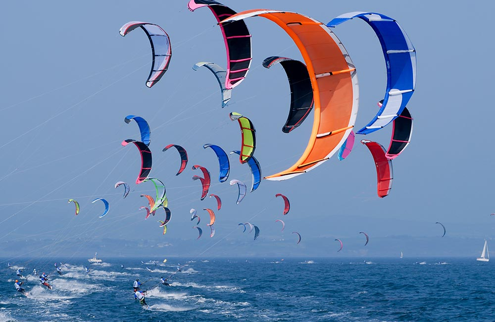 Go kite sailing | #3 of 15 Fun Things to Do In Goa For Youngsters