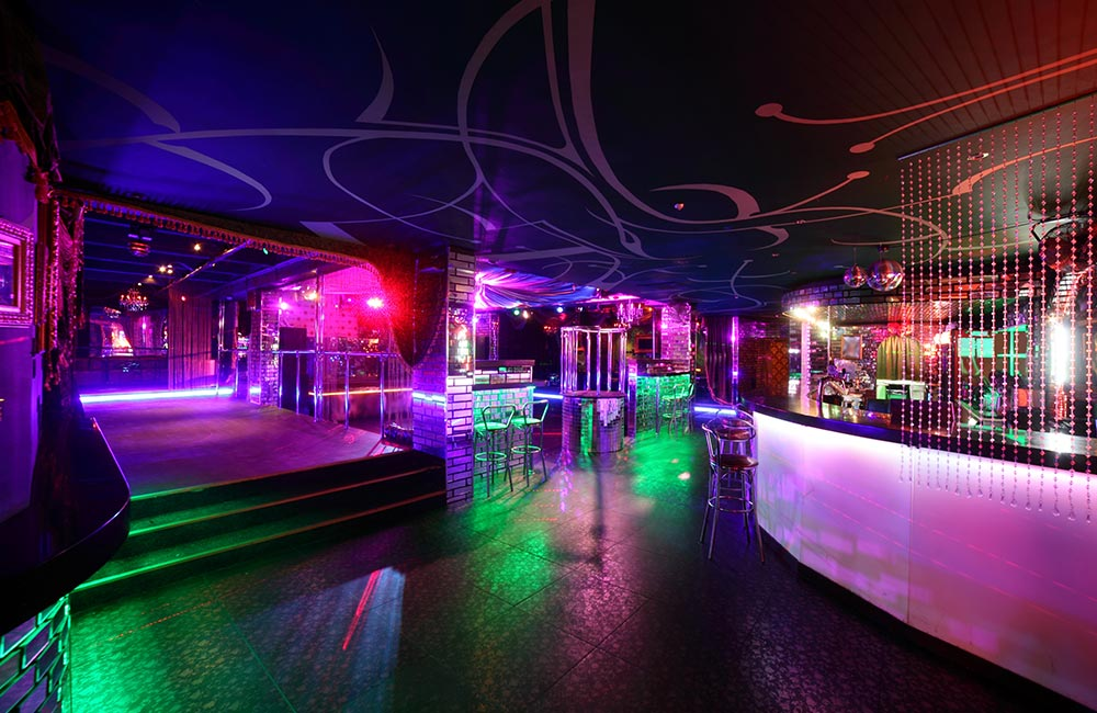Penthouze | Best Dance Pubs in Pune