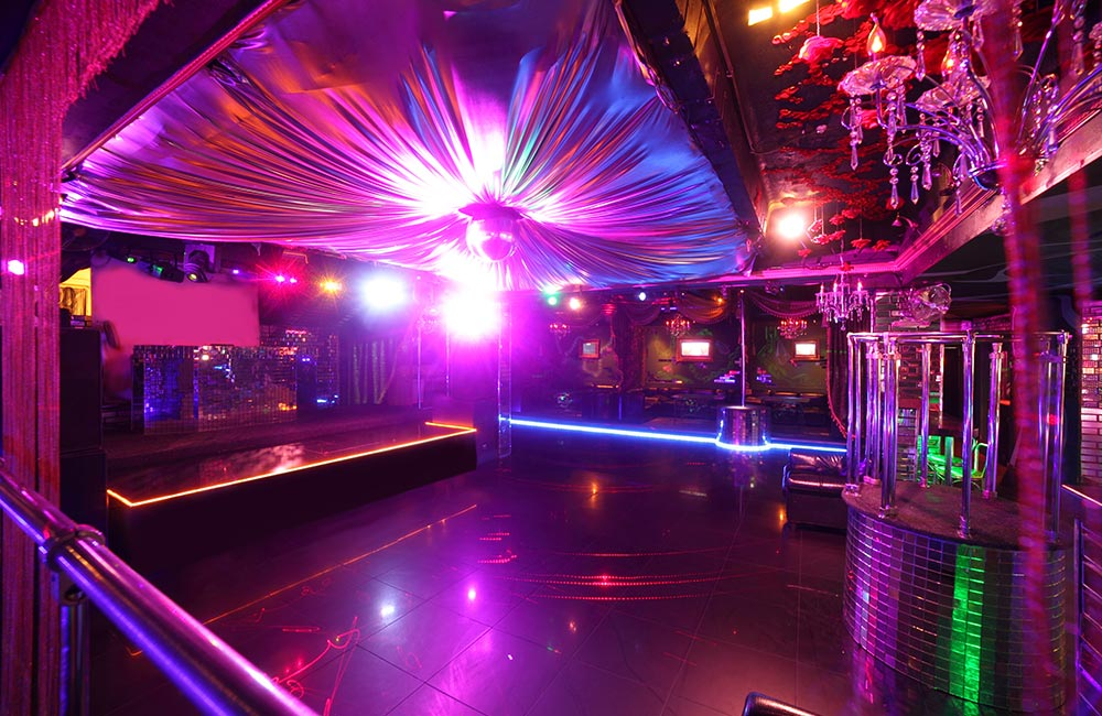 The House of Medici | Best Dance Pubs in Pune