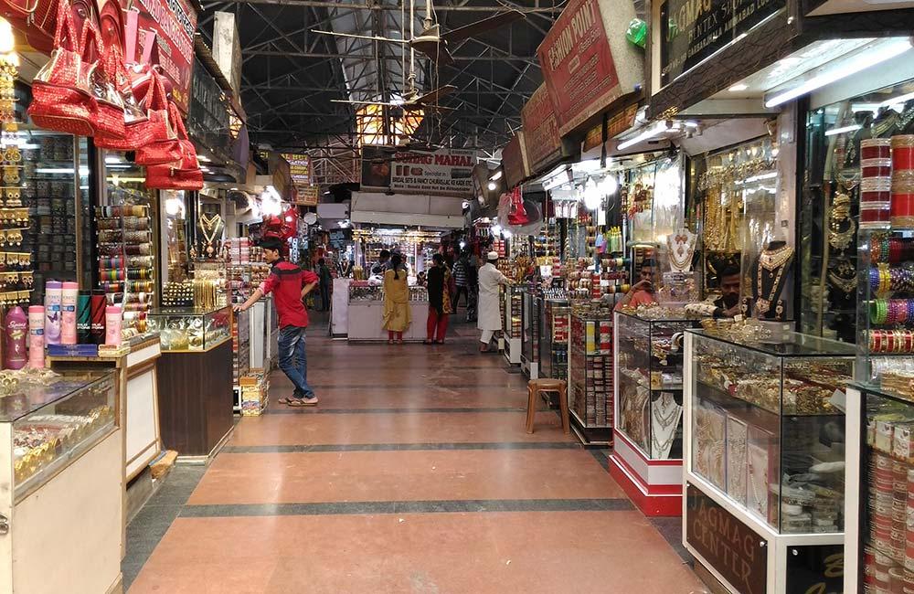 Aminabad Market, Lucknow