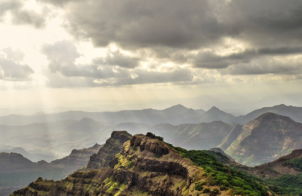 Connaught Peak, Mahabaleshwar