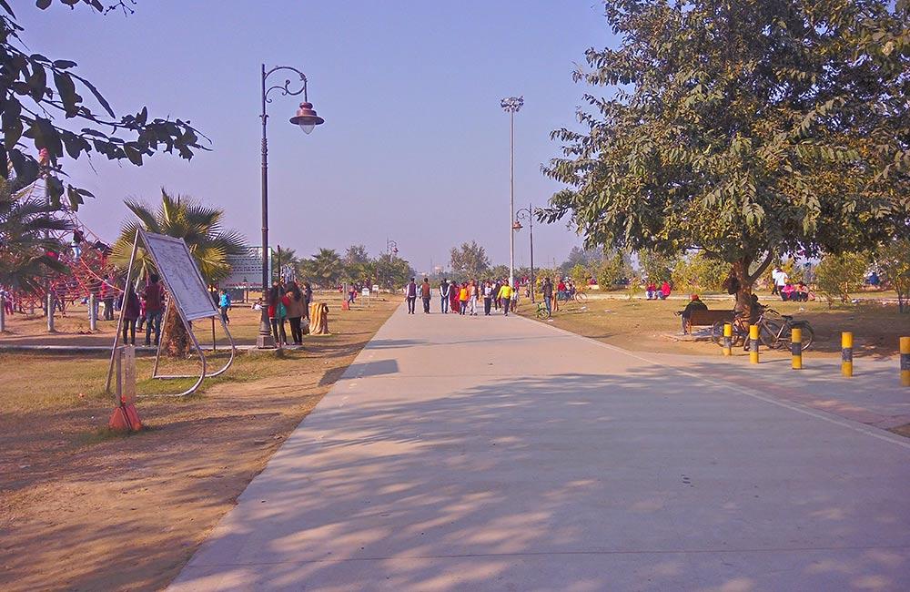 Janeshwar Mishra Park, Lucknow