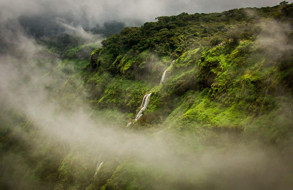 Lingmala Waterfall