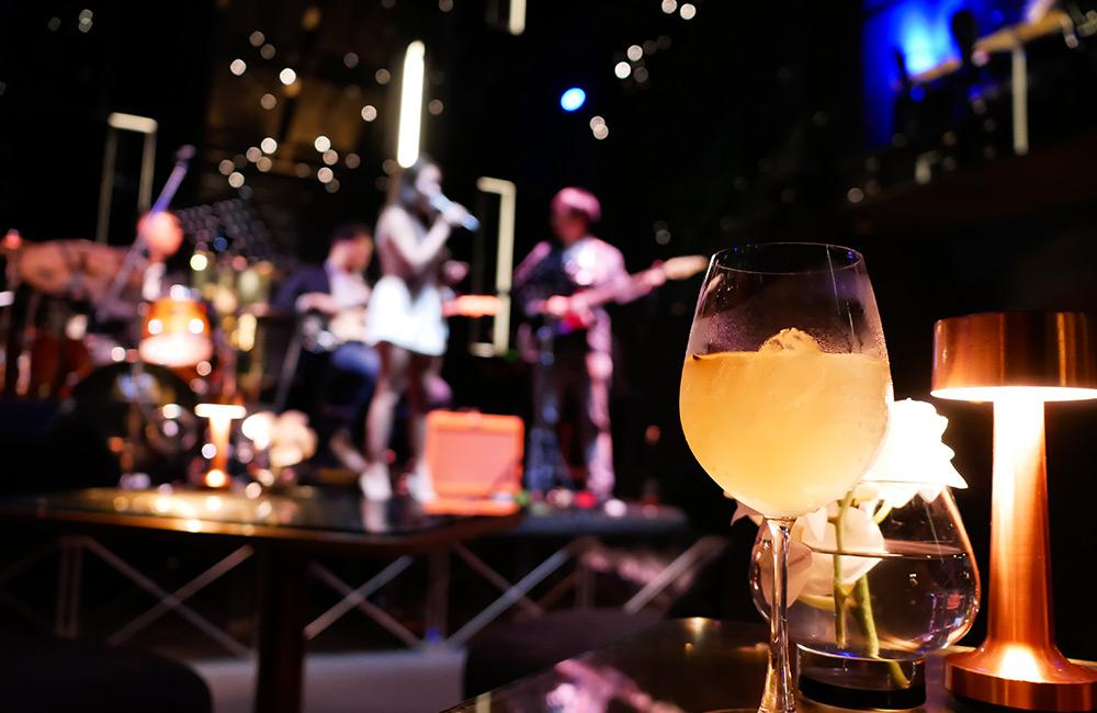 The Myx | Best Pubs in Park Street, Kolkata