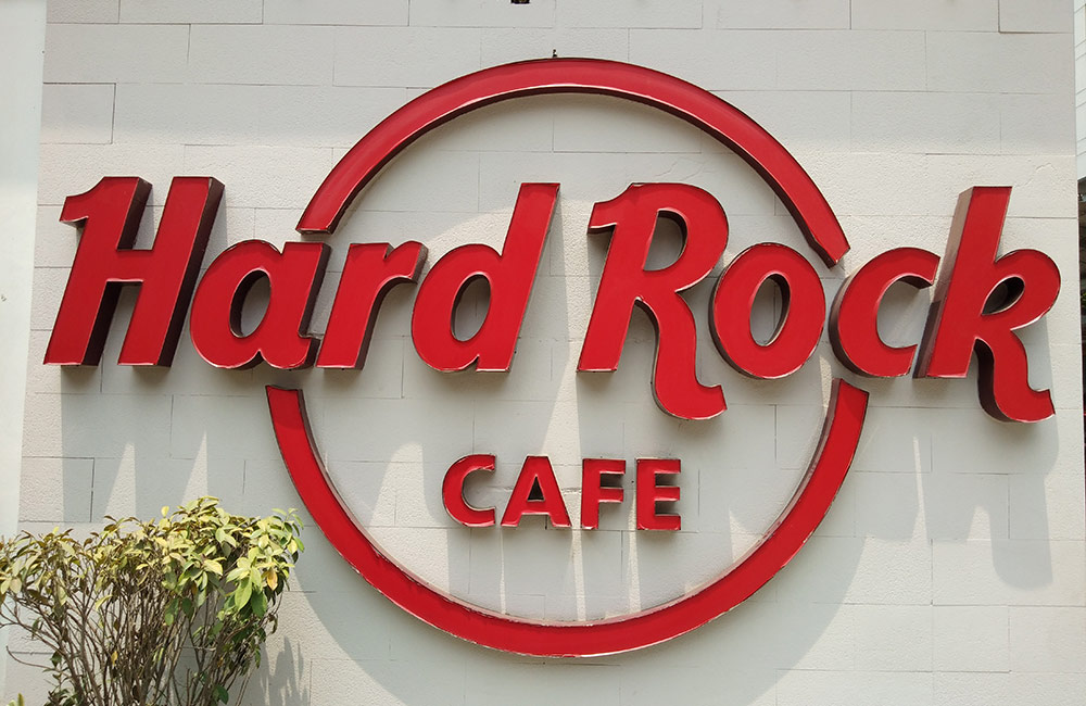 Hard Rock Café | Best Pubs in Park Street, Kolkata
