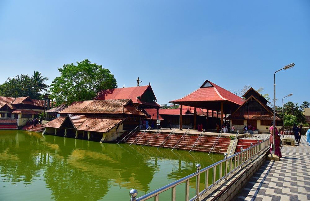 Ambalappuzha Sree Krishna Temple, Alleppey