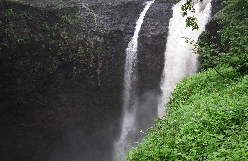 Jogi Bhadak Falls