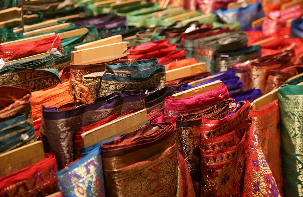 e04a1fe52b As we said, Chandni Chowk shopping in Delhi is usually aimed at stocking up  for weddings, whether you want decorations, lights, spices, gifts or a  wedding ...