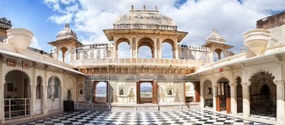 8 Fascinating Museums in Udaipur for History Lovers