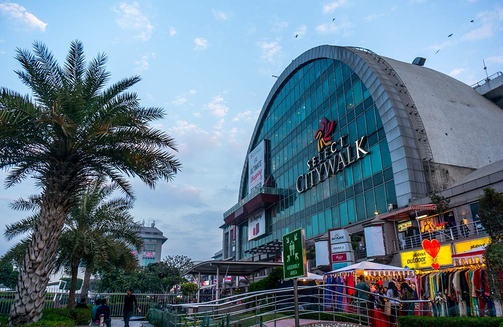 Select CITYWALK | Popular Mall in Delhi