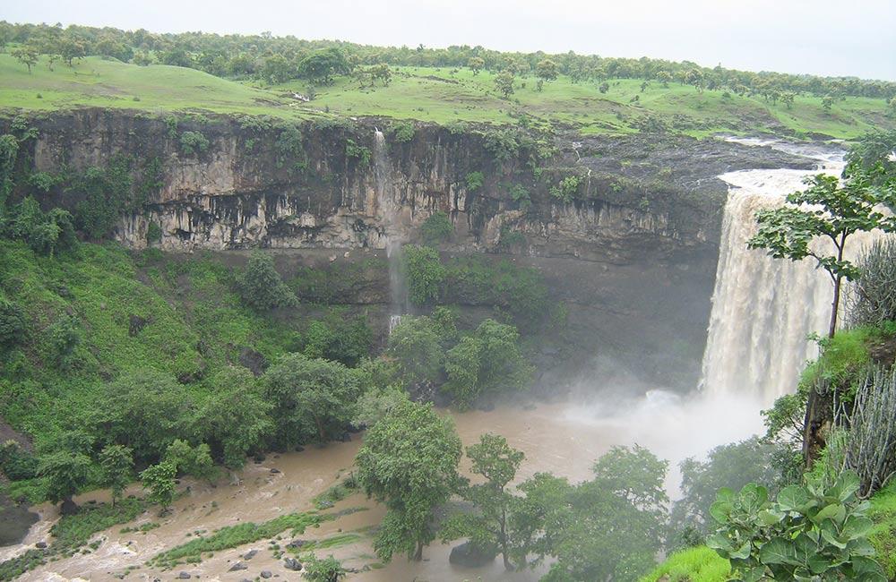 Tincha Falls