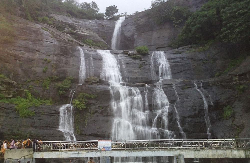 Courtallam Falls, Tamil Nadu