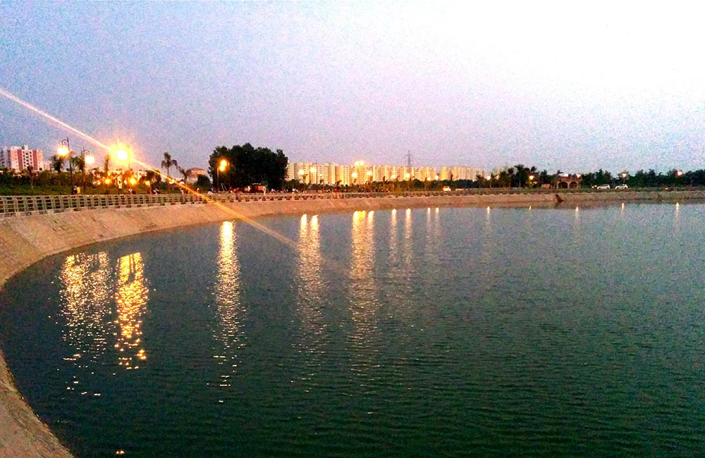 Janeshwar Mishra Park Lake, Lucknow