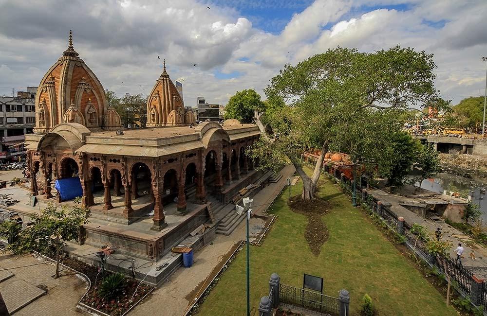 Krishna Pura Chhatris, Indore
