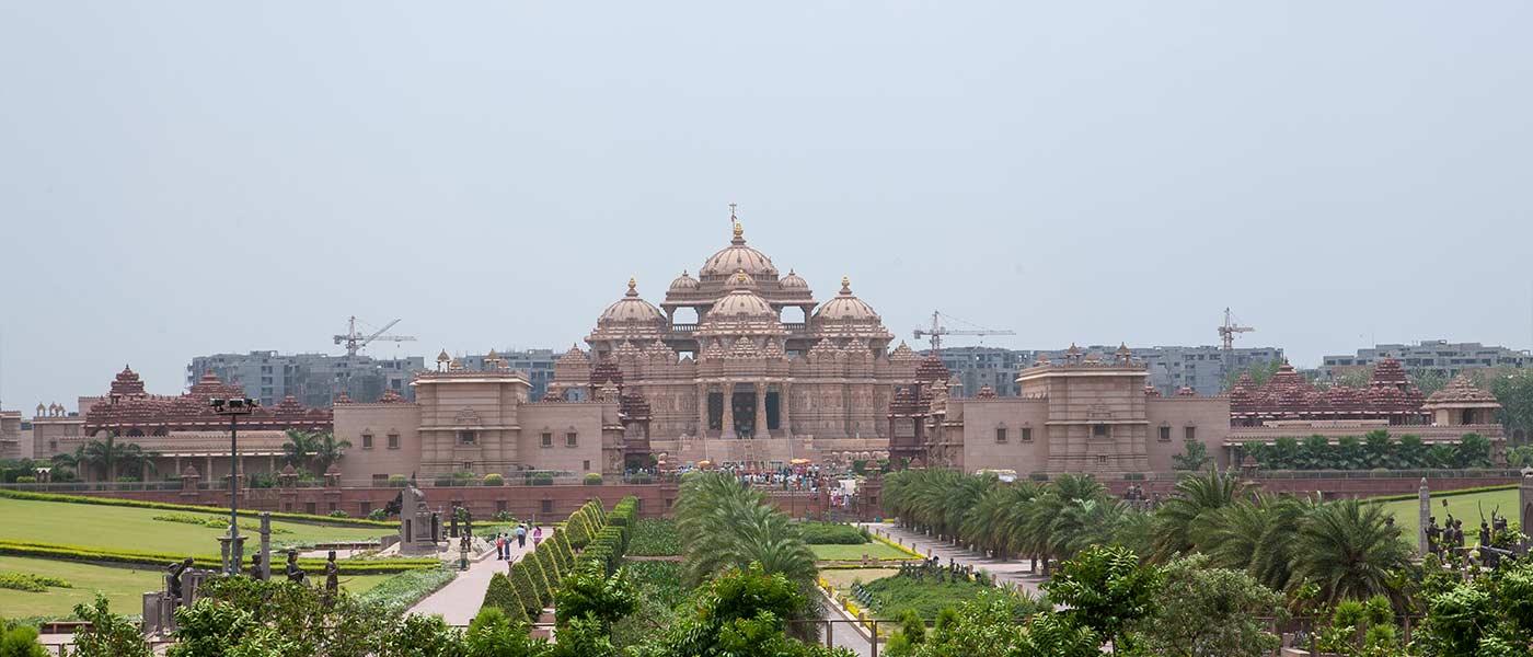 Akshardham Temple, Delhi: A Spiritual Abode with Breathtaking Architecture