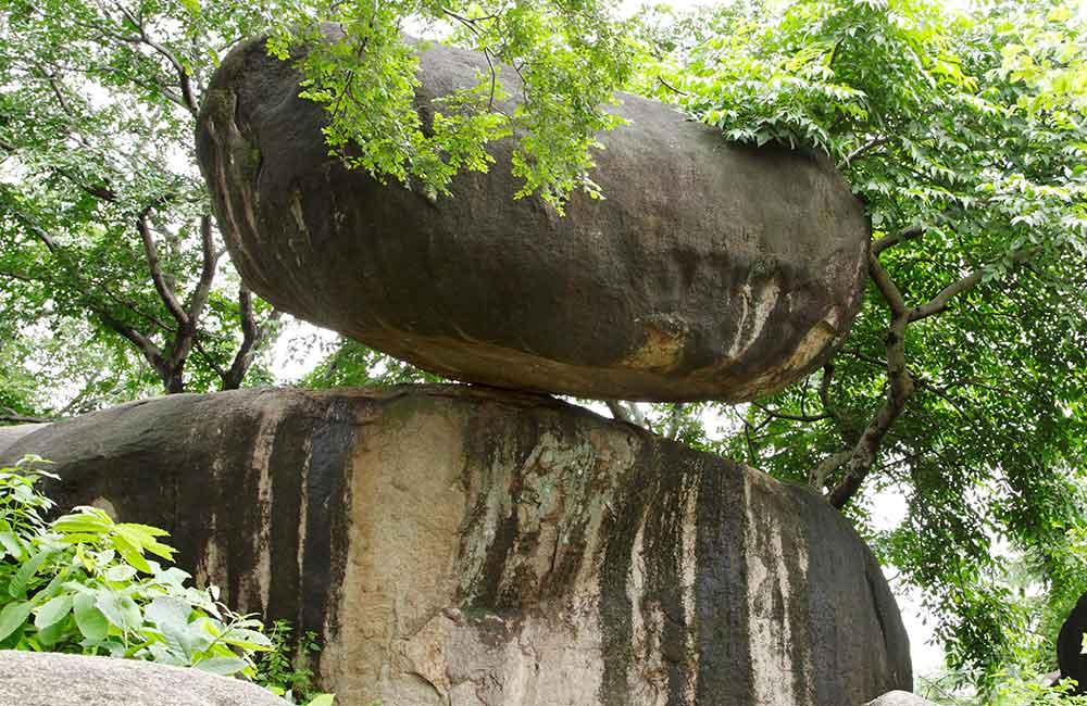 Balancing Rock, Jabalpur