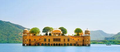 Jal Mahal, Jaipur: A Splendid Palace Nestled in the Middle of a Lake