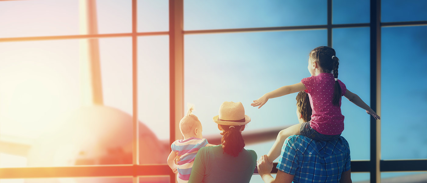 Expert Travel Guide for Parents: 11 Useful Tips for Travelling with Kids
