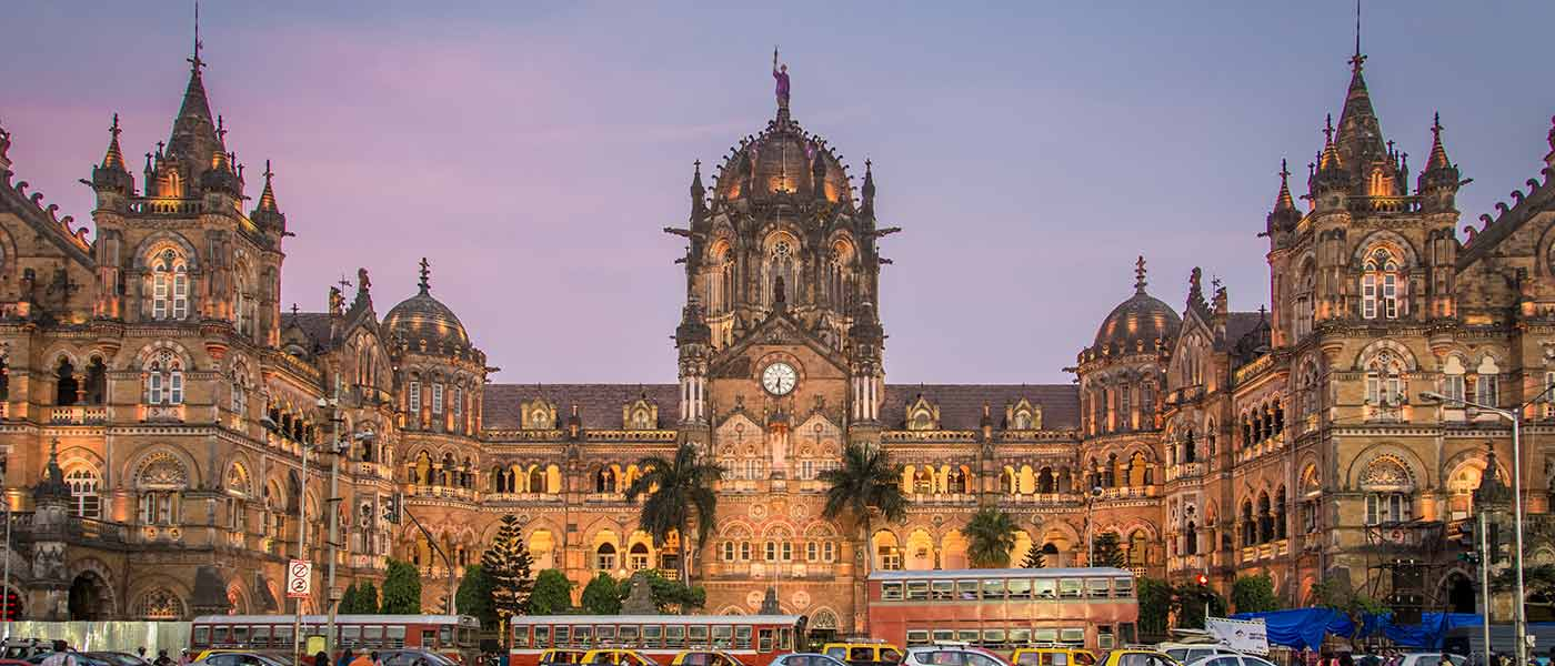 Mumbai's CSMT Awarded as the Best Swachh Iconic Place in India