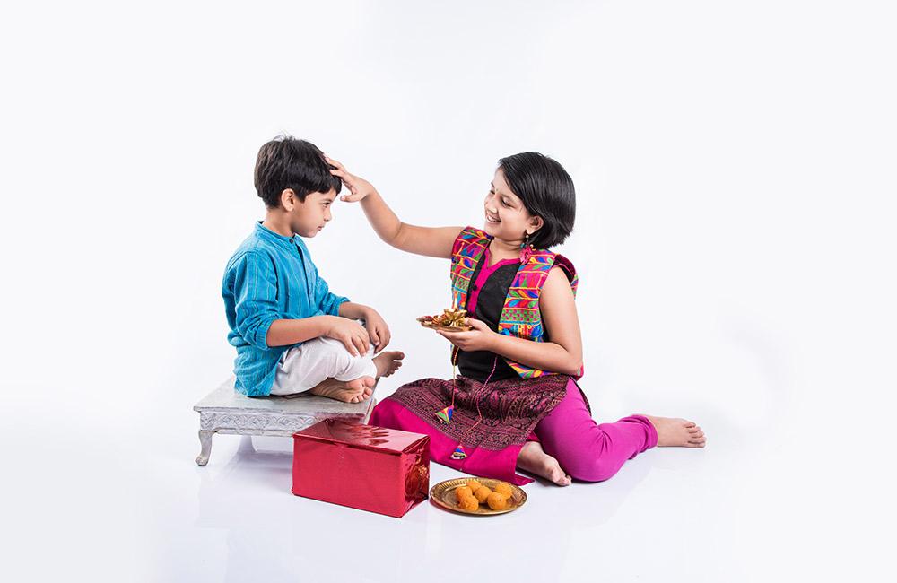 Bhai Dooj 2020 | Bhai Dooj Celebration