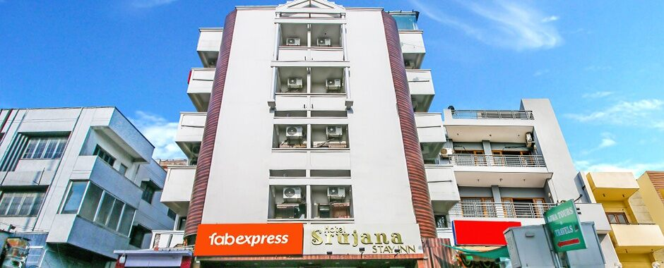 FabExpress Srujana Inn, Nampally | #10 of 10 Top Budget Hotels in Hyderabad