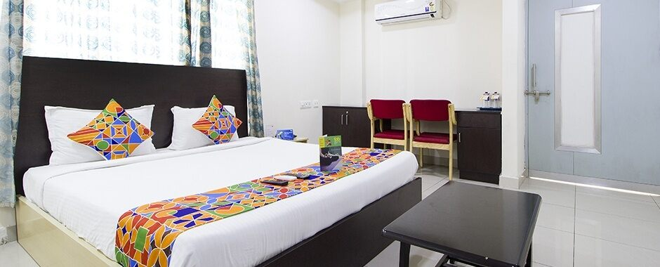 FabHotel Siri Inn, Madhapur | #8 of 10 Top Budget Hotels in Hyderabad